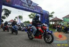 Suzuki GSX-S150 explorasi Pesisir Pantai Selatan Malang 2017 (4)