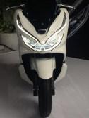 Spesifikasi, harga dan pilihan warna Honda PCX 150 lokal Indonesia tahun 2018 (1)