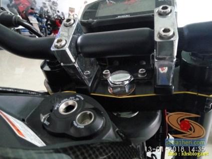 gambar detail Modifikasi sadis Suzuki GSX S 150 dari Kota Pahlawan tahun 2018 (6)