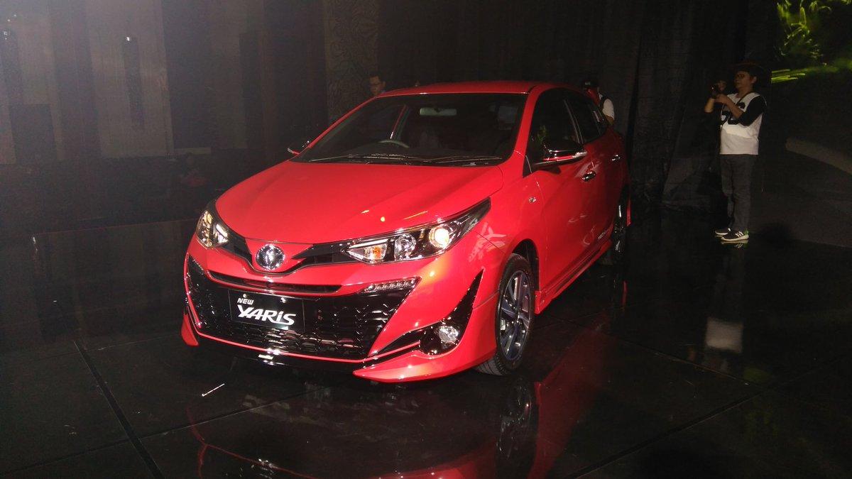 harga new yaris trd sportivo 2018 2017 tampilan dan pilihan warna mobil toyota tahun yang mengaspal di indonesia 2006 mendapatkan