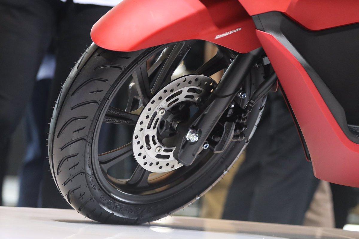 gambar detail fitur Honda PCX 150 lokal Indonesia tahun 2018~01
