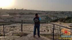 akang ichan bandung di masjid al-aqsa tahun 2018 dekat bukit zaitun