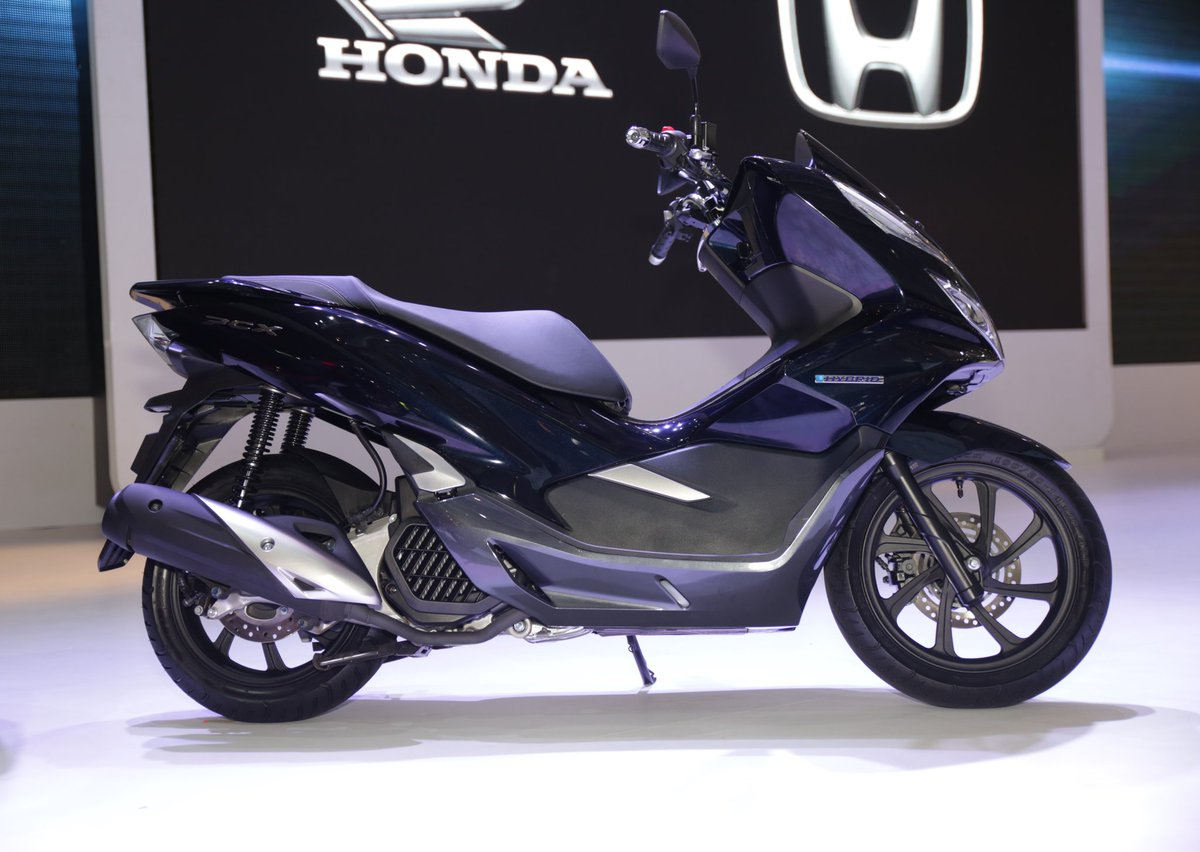 All New Honda PCX Hybrid tahun 2018