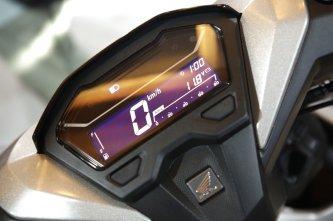 jam digital pada model baru All New Honda Vario 150 dan All New Honda Vario 125 tahun 2018