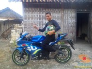 Serunya blogger setia1heri manasin mesin Suzuki GSX R 150 alias si 3C0 buat sungkem emak di Tuban (6)