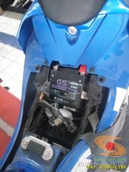 Servis pertamax Suzuki GSX R150, si 3CO ganti filter oli sekalian brosis (4)
