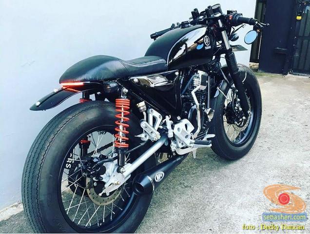 Modifikasi Yamaha Scorpio Z jadi Caferacer brosis