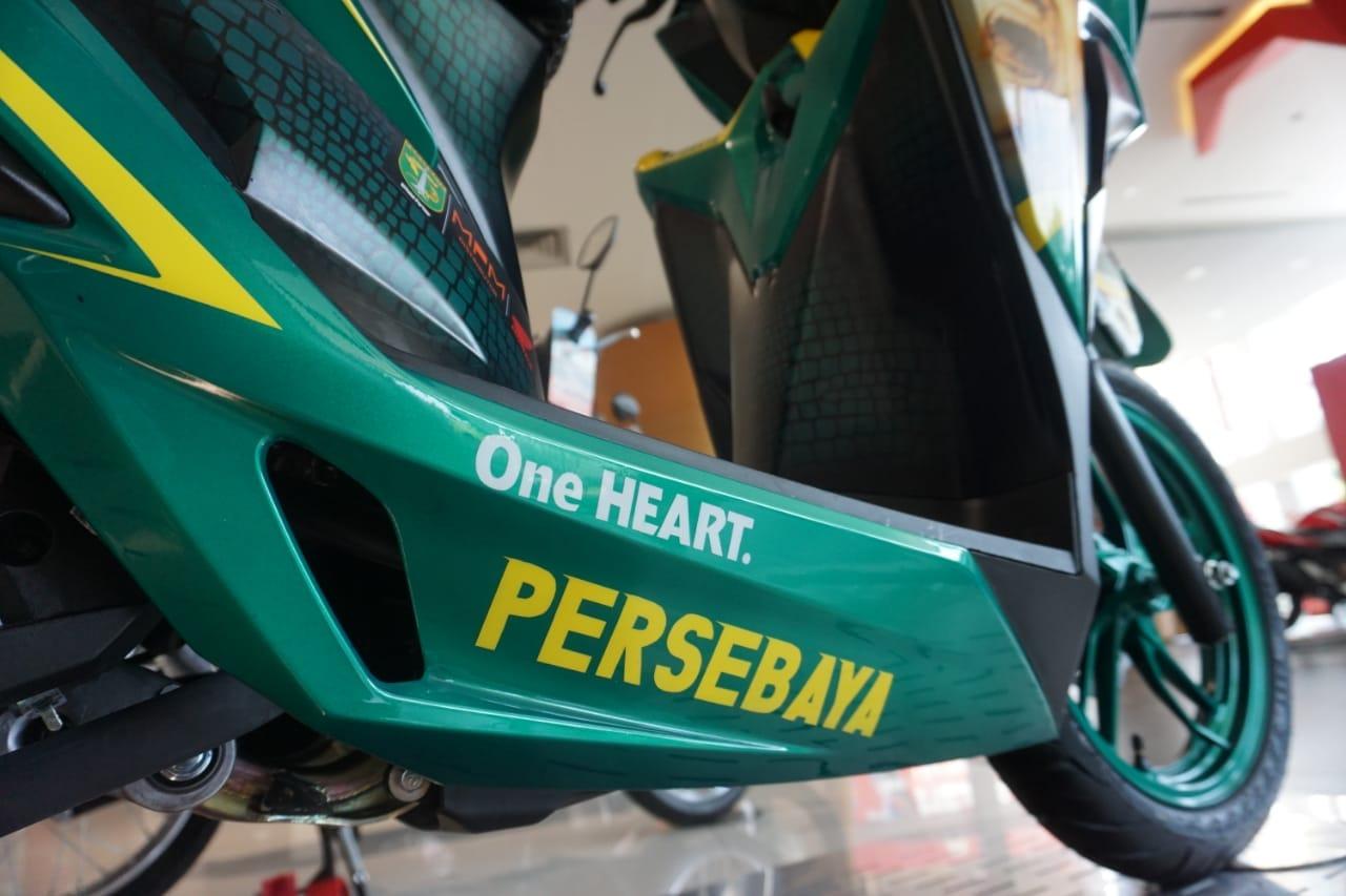 Lelang Honda Vario 150 tahun 2018 livery Bonek Persebaya~05