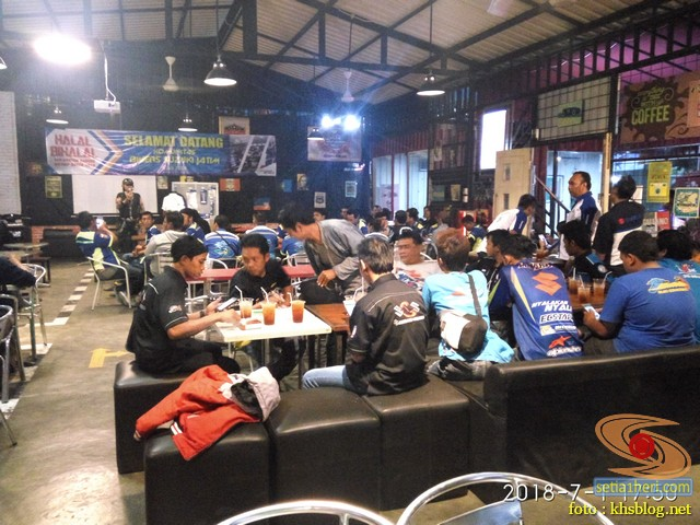 Meriahnya Halal Bihalal Biker Suzuki Jawa Timur dan Nobar Moto GP Assen 2018 (13)