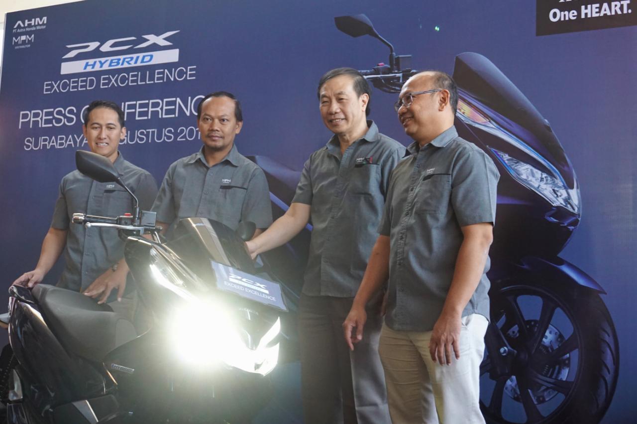 Honda PCX Hybrid resmi mengaspal di Jawa Timur, dibanderol 41,1an jeti brosis (1)
