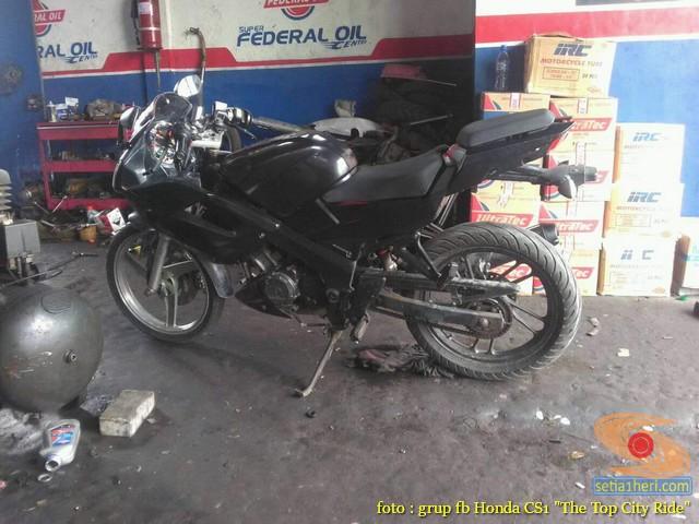 Modifikasi Honda CS1, motor bebek rasa sport pakai Full Fairing