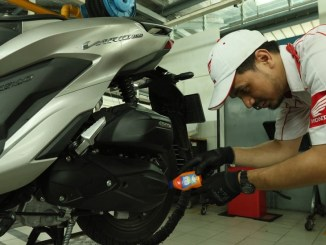 AHM Oil Gear Matic Oil (GMO) Fully Synthetic, Oli sintetis khusus motor matic premium Honda (1)