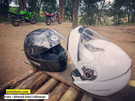 Kekurangan dan kelebihan helm modular (flip up)