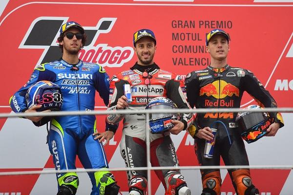 Download Video Full Race Moto GP Valencia 2018 : Mbah Rossi kepleset lagi, Dovi sabet pertamax disusul Rins dan Espargaro