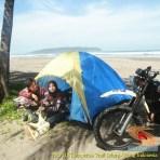 Kumpulan foto biker prewedding dan romantisme pasangan diatas motor trail brosis (26)