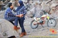 Kumpulan foto biker prewedding dan romantisme pasangan diatas motor trail brosis (5)