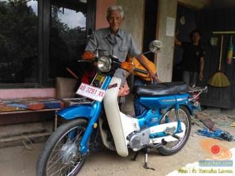 Restorasi motor lawas Yamaha V75, keren dan kinyis-kinyis brosis (11)