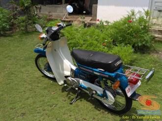 Restorasi motor lawas Yamaha V75, keren dan kinyis-kinyis brosis (5)