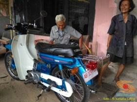 Restorasi motor lawas Yamaha V75, keren dan kinyis-kinyis brosis (6)
