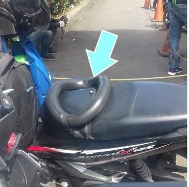 Apa fungsi ban dalam diatas jok motor Honda Supra X 125 ini? #kepo