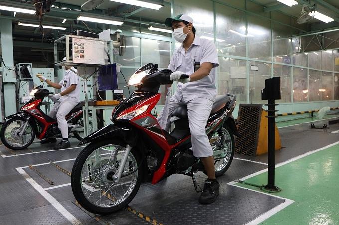 Desain Stripe Baru Honda Supra X 125 FI tahun 2019, semakin kece brosis