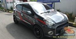 Kumpulan gambar modifikasi cutting sticker mobil Agya dan Ayla (3)