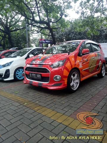 Kumpulan gambar modifikasi cutting sticker mobil Agya dan ...