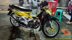 Kumpulan gambar modifikasi sepeda motor pakai piringan cakram besar brosis (7)