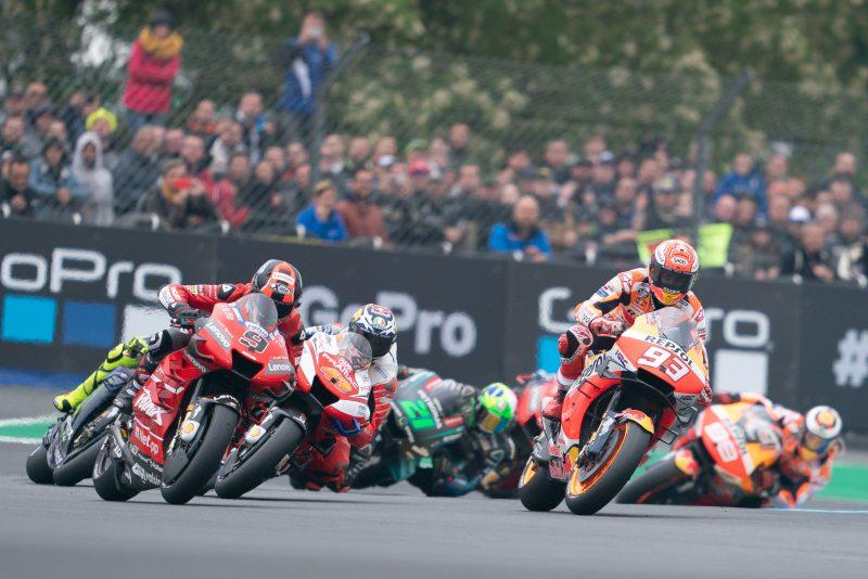 Hasil Moto GP Le Mans, Prancis 2019 : Marquez ngacir duluan, dikuntit Dovi dan Petrux