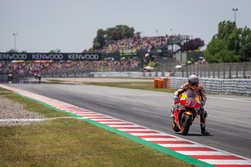 Hasil Moto GP Catalunya 2019 Marquez ngacir didepan disusul Quartararo dan Petrucci, banyak pembalap DNF crash karambol