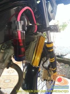 Kumpulan gambar Modifikasi tabung reservoir coolant pada sepeda motor pakai botol parfum gans.. (13)