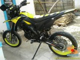 Foto modifikasi supermoto warna kuning brosis (2)