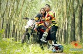 Kumpulan foto romantisme anak motor trail maupun prewedding biker (2)