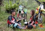 Kumpulan foto romantisme anak motor trail maupun prewedding biker (23)