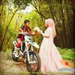 Kumpulan foto romantisme anak motor trail maupun prewedding biker (33)