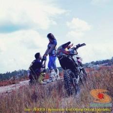 Kumpulan foto romantisme anak motor trail maupun prewedding biker (5)