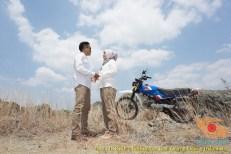 Kumpulan foto romantisme anak motor trail maupun prewedding biker (59)