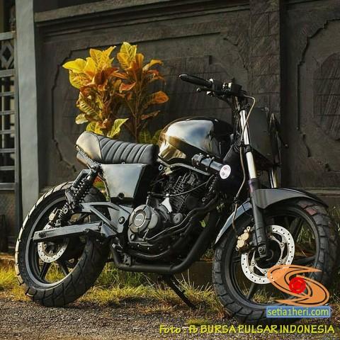 Kumpulan foto modifikasi Bajaj Pulsar berubah menjadi scrambler atau japstyle