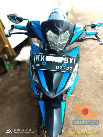 Modifikasi simple cutting stiker pada Honda Supra GTR 150