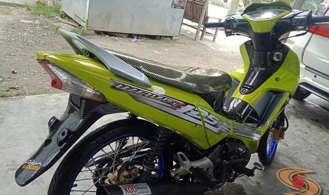 Modifikasi Honda Supra X 125 warna cendol dawet atau ijo stabilo