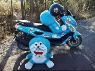 Kumpulan modifikasi sepeda motor livery doraemon