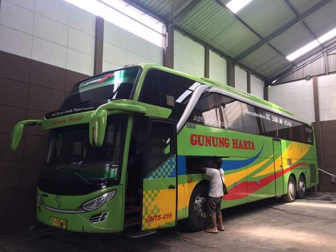 Mengenal Sasis Mercedes-Benz OC500RF 2542 untuk bus brosis