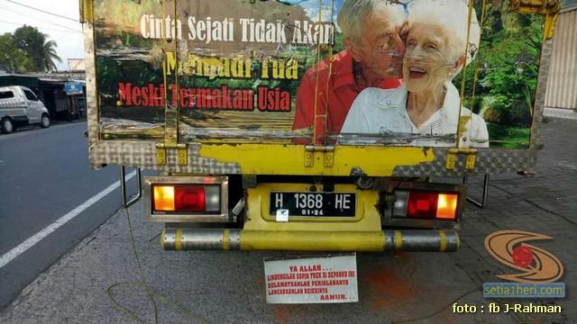 Kumpulan tulisan stiker bak truk dan kata kata mutiara untuk sopir (11)