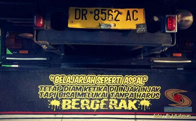 Kumpulan tulisan stiker bak truk dan kata kata mutiara untuk sopir (13)