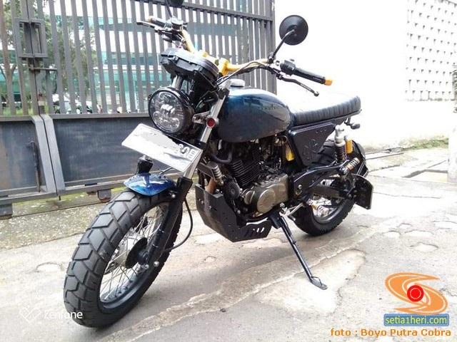 motor custom basis mesin Bajaj Pulsar 220 (6)