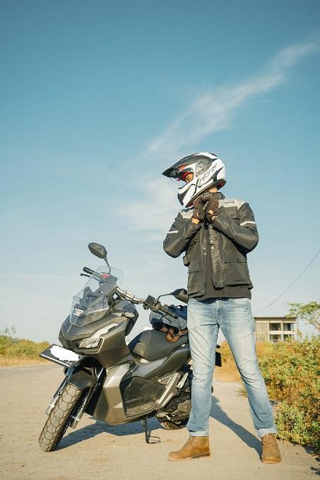 Tips merawat riding gear bagi biker agar terhindar dari bakteri dan virus
