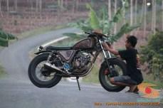Kumpulan gambar modifikasi Yamaha Scorpio menjadi scrambler atau japstyle (4)