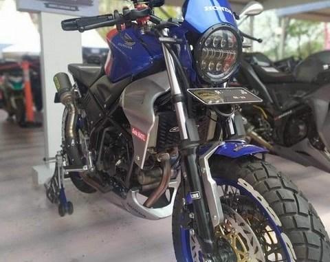 Modifikasi Honda CB150R Custom asal Jakarta bikin ngilerrr brosis.. (3)