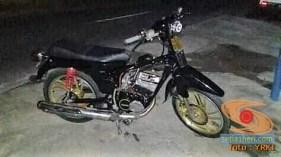 Modifikasi Yamaha RX King berubah jadi motor bebek retro klasik atau swap engine (5)