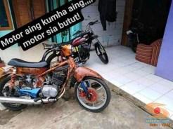 Modifikasi Yamaha RX King berubah jadi motor bebek retro klasik atau swap engine (6)